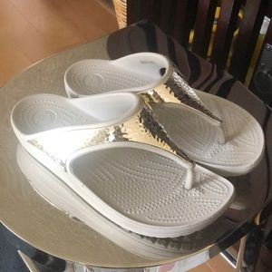 CROCS Silver on Gray Sandal, 9